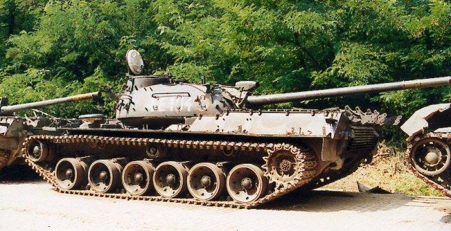 TR-85_main_battle_tank_heavy_armoured_vehicle_Romania_Romanian_army_001.jpg