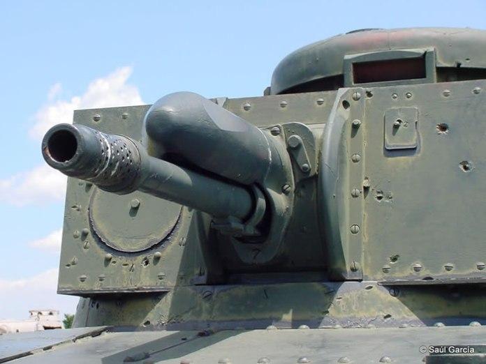 LT vz 35's gun.jpg